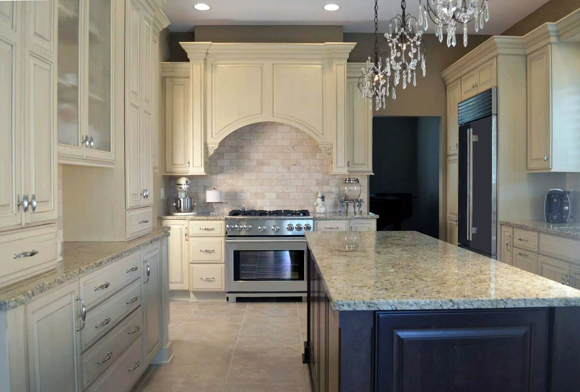 Traditional Design Classic Colors And Stain Ornate Molding And Alluring Transitional Kitchen Designs Design Inspiration