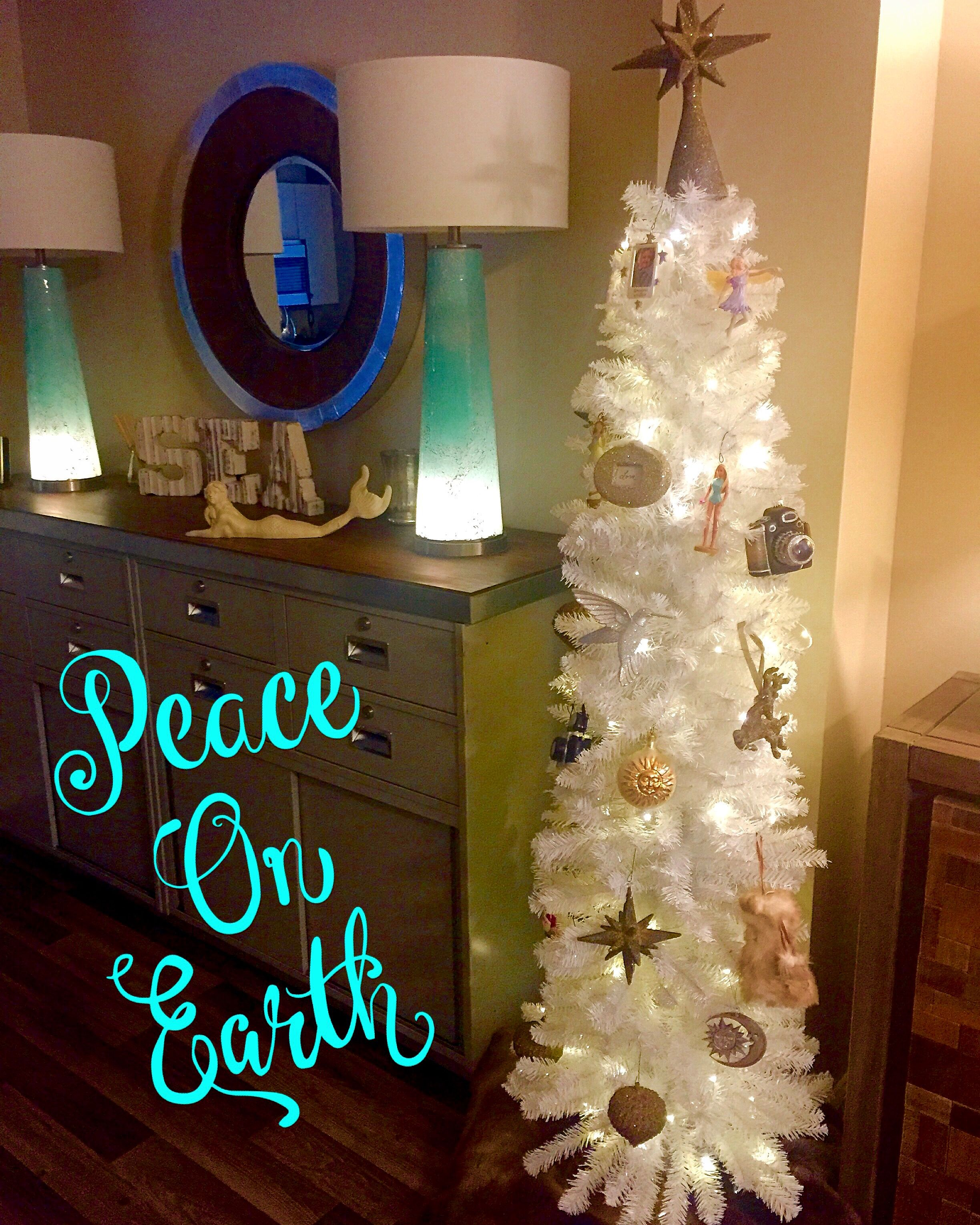White Christmas ...turquoise lamps!