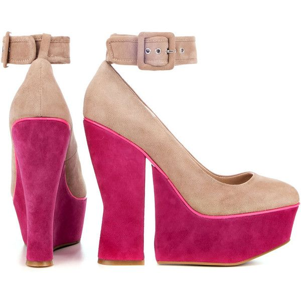 DV8 by Dolce Vita The Cosette Shoe in Nude Suede