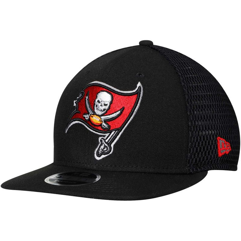 75e185c8bf6 Tampa Bay Buccaneers New Era Mesh Fresh 9FIFTY Adjustable Hat – Black