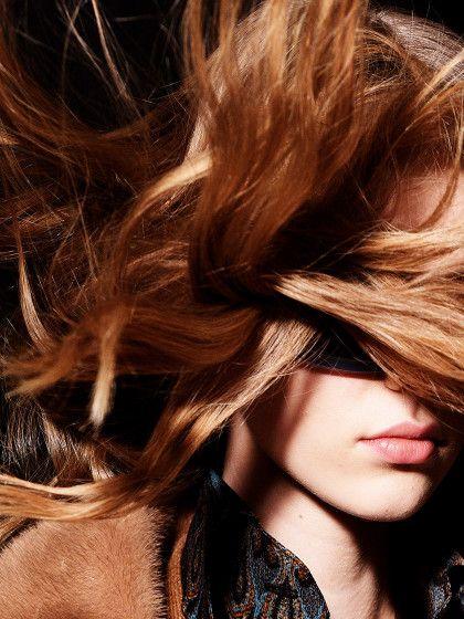 Phänomen Haare Ausdünnen Warum Frauen Es Machen Und Wies