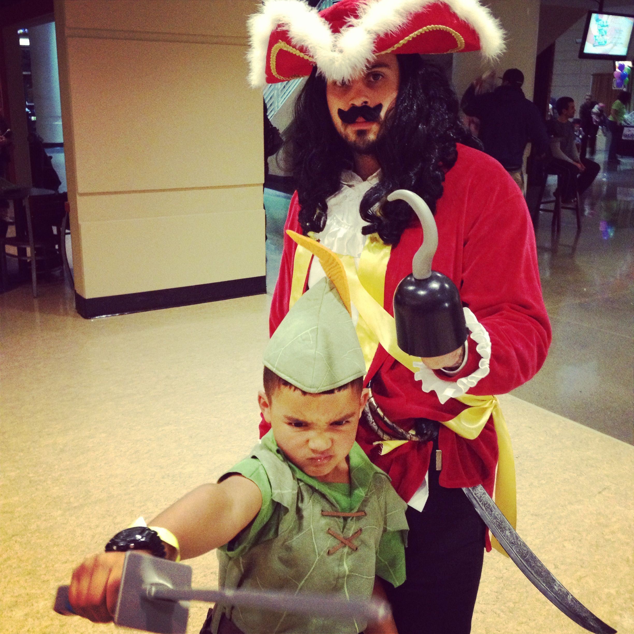 father and son halloween costume peter pan and captain hook | diy