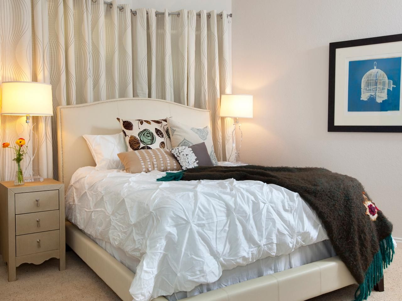 Amazing Makeovers By The Property Brothers HGTV Shows Experts - Property brothers bedroom designs