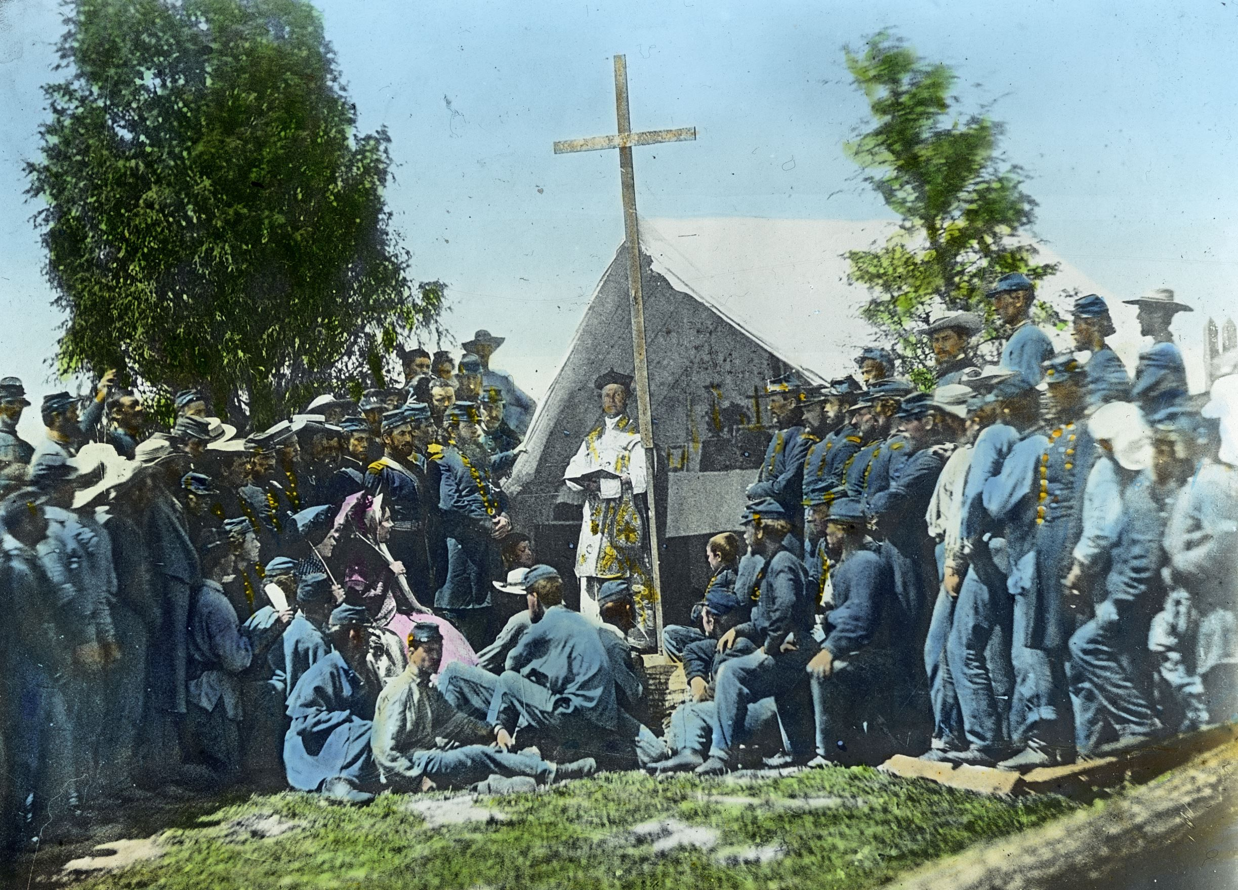This Image By Civil War Photographer Matthew Brady Shows Father Thomas H Mooney Saying Mass In The Camp Of The 6 American Civil War Civil War Civil War Photos