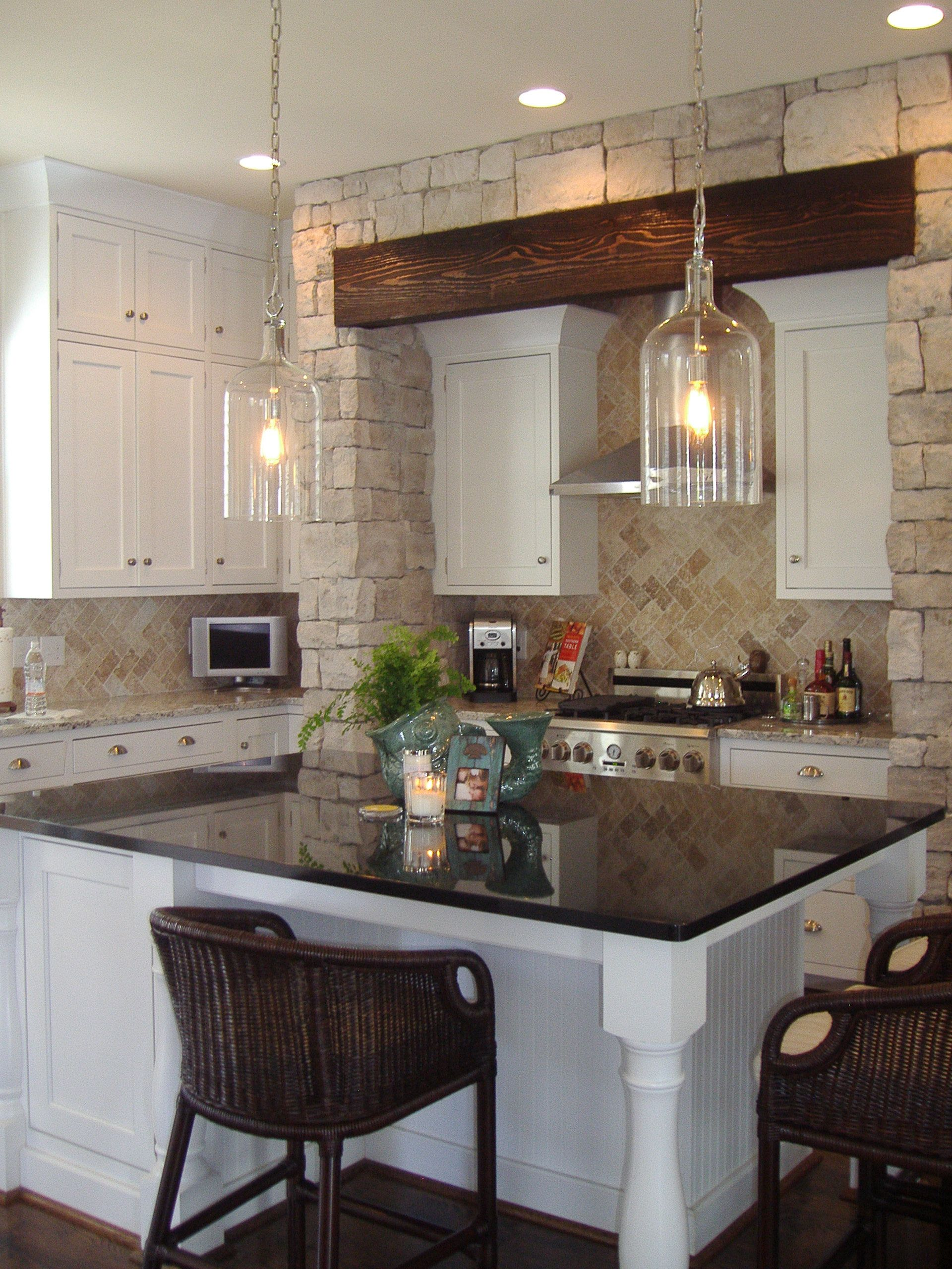 I love this kitchen and the person who lives there!