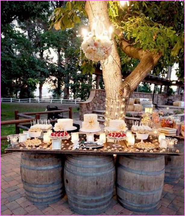 Idee per matrimoni Cheap Backyard Wedding Reception Idee-9898
