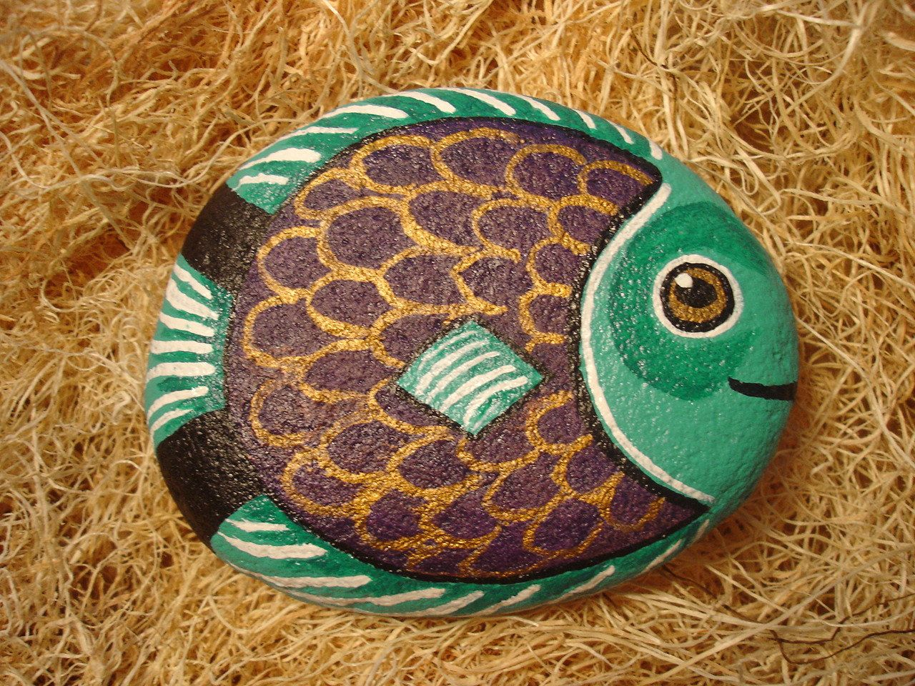 Painted Garden Rocks | hand painted river rock fish