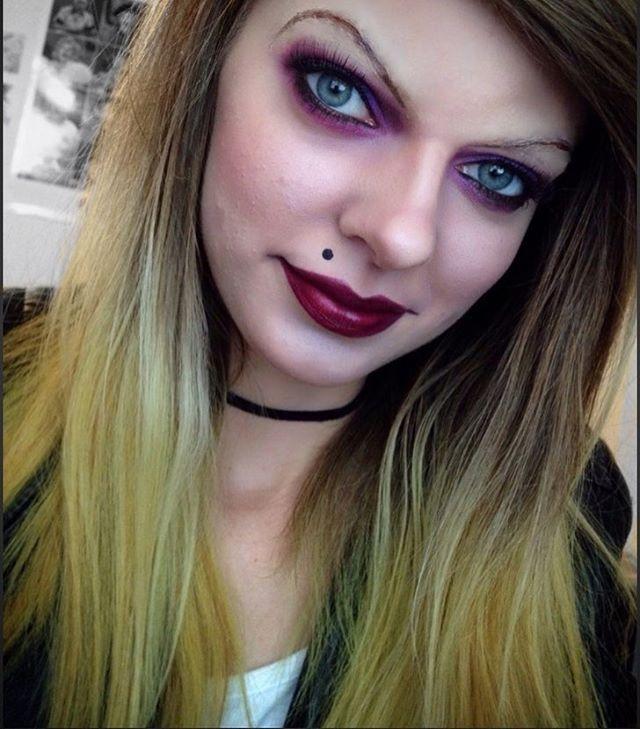 """I'll kill anybody, but I'll only sleep with someone I love."" 👰🏼🔪😈❤️#brideofchucky #chuckysbride #tiffany #chucky #movie #horror #creepy #doll #halloween #halloweenmakeup #makeup #motd #fotd #costume #costumemakeup #halloweencostume #brideofchuckycostume #brideofchuckymakeup"