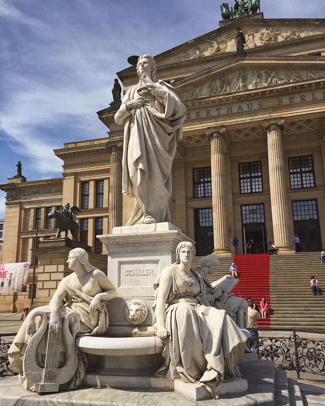 Berlin Master Architect S Neoclassical Masterpiece The Konzerthaus At Gendarmenmarkt Pizzosdoberlin Berlin Berlinstagr Statue Instagram Greek Statue