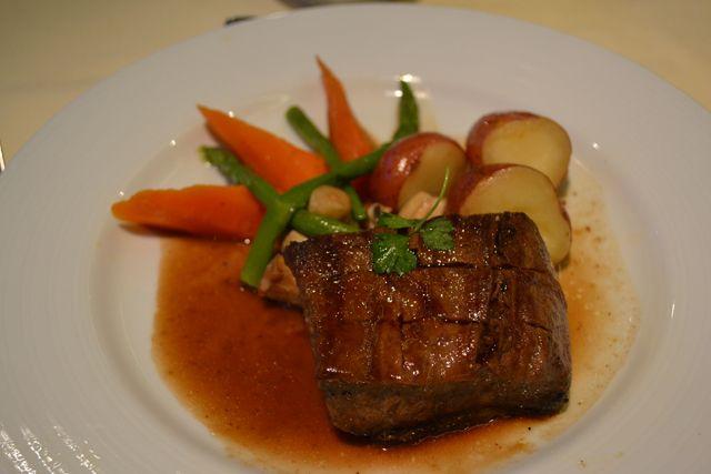 Platinum Restaurant (Main Dining Room) Cuisine ...