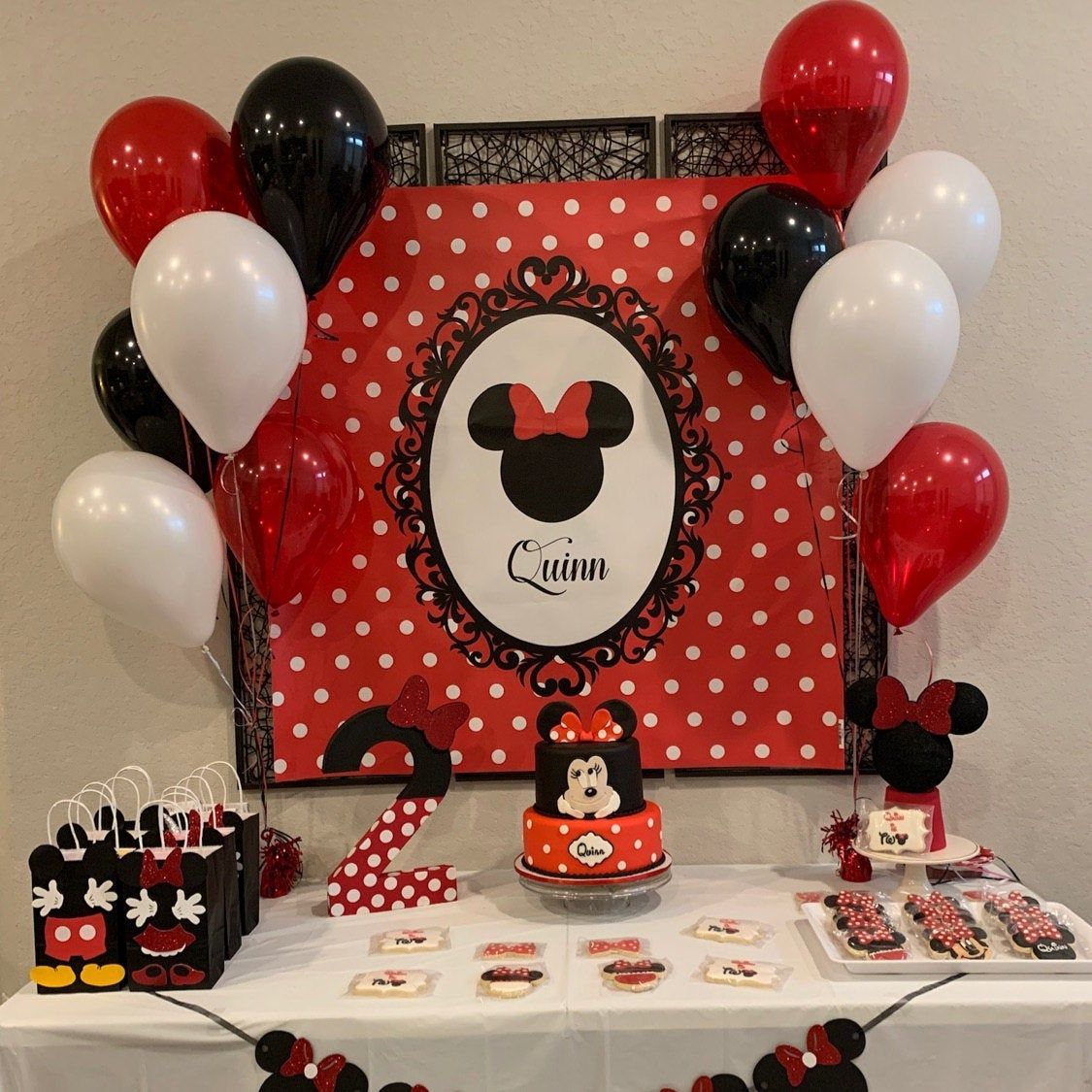 Minnie Mouse Inspired Personalized Birthday Party Backdrop Etsy Minnie Mouse Birthday Decorations Minnie Mouse Birthday Party Decorations Mini Mouse Birthday Party Ideas