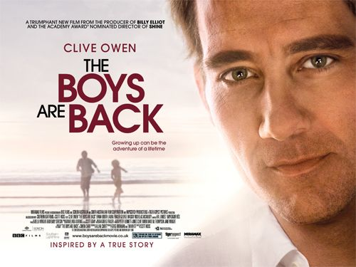 The Boys Are Back (2009) | http://arte.tv/guide/de/057479-000-A/zurueck-ins-leben + http://en.wikipedia.org/wiki/The_Boys_Are_Back_(film)