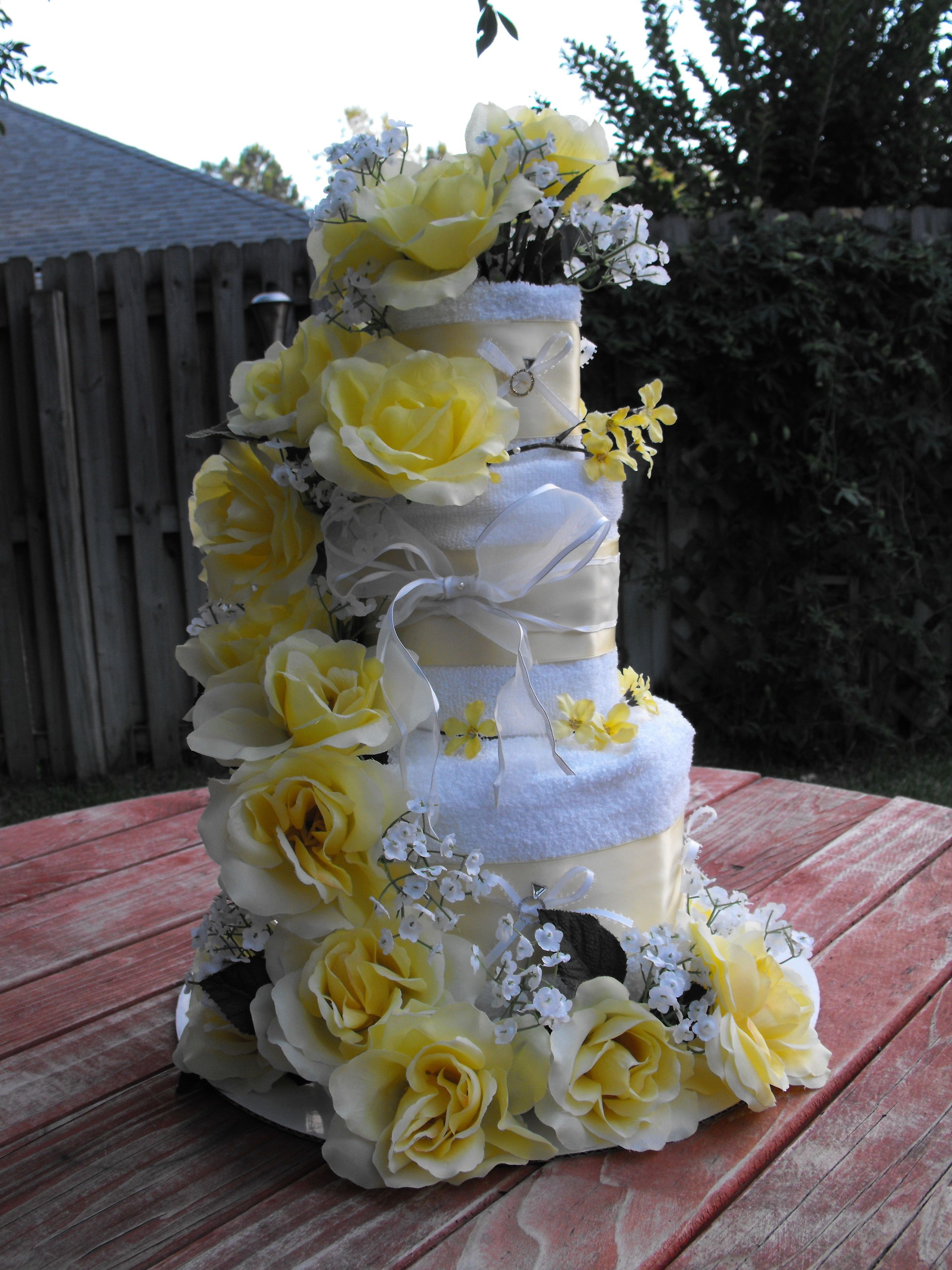 wedding cake made out of towels wedding shower cake made out of a set of bath towels 23110