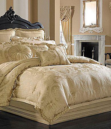 J Queen New York Napoleon Jacobean Floral Medallion Comforter Set Dillards For The Home