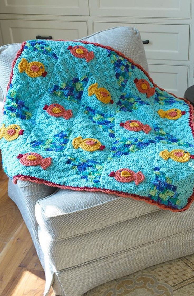 Free Crochet Pattern Pet Blanket : [Free Pattern] Crochet for Pets: Cat Nap Throw Blanket