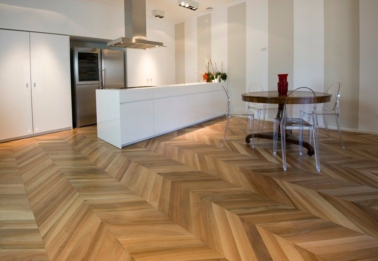 Parquet in legno prefinito Spina Ungherese Linea Noblesse® by Garbelotto by Parchettificio Garbelotto