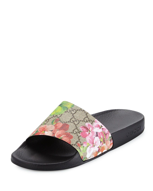 Gucci floral-print GG supreme canvas sandal. 1