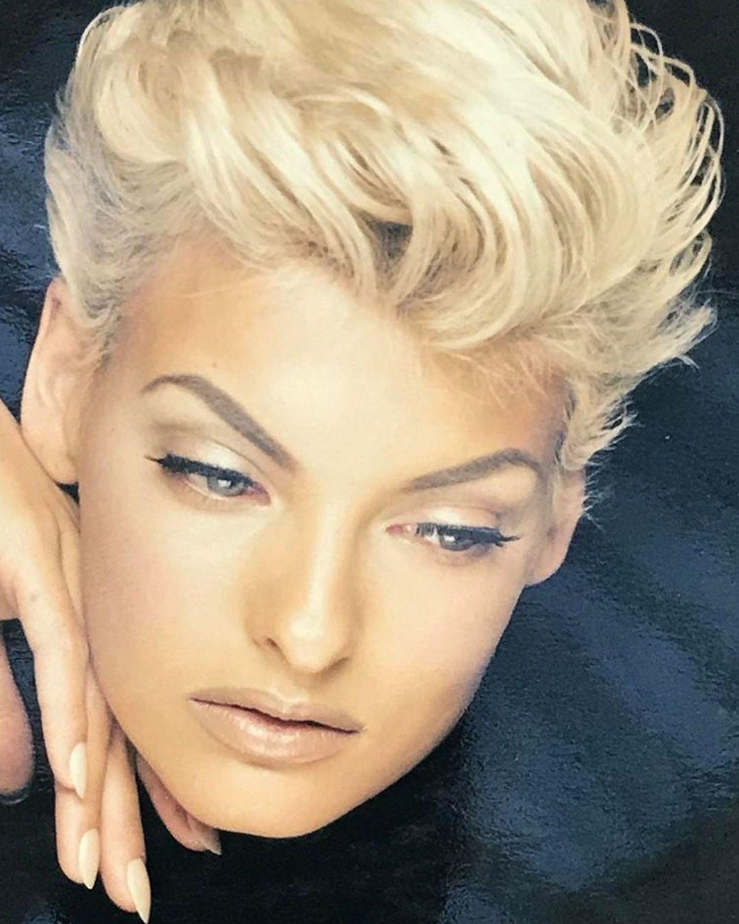 Linda Evangelista By Nick Knight Haar Styling Haarschnitt Kurz Frisuren