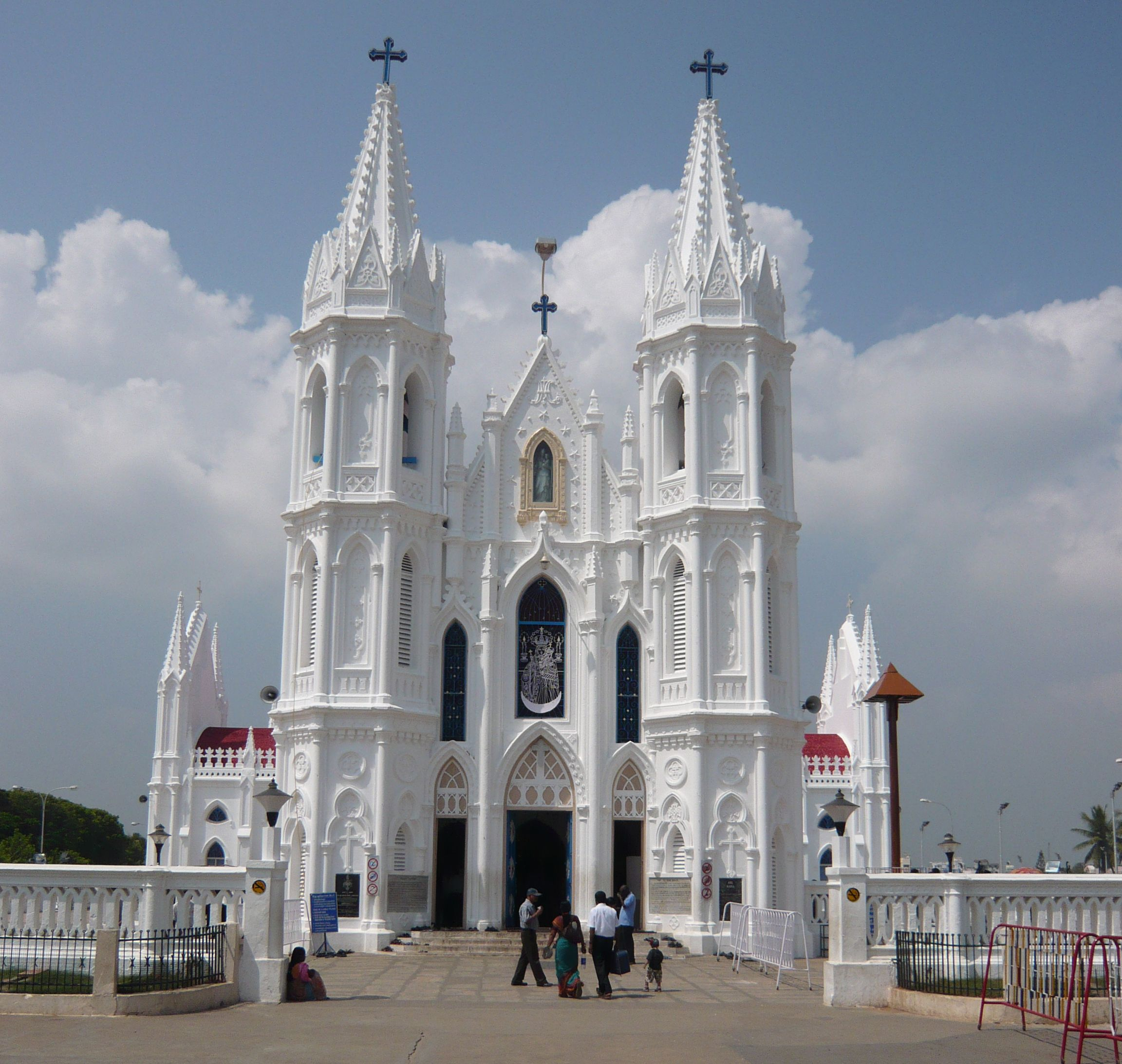 Most famous christian holy places and pilgrimages of India like ...