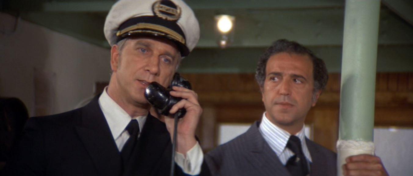 Leslie Nielsen in The Poseidon Adventure (1972) | Leslie nielsen, The  poseidon adventure, Action film