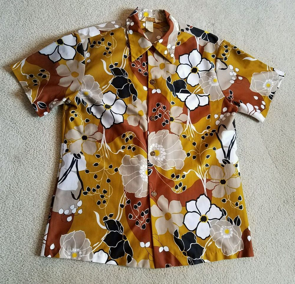 5f4f2f5a Vintage Royal Hawaiian shirt Large 1950s 1960s button up style 220 Collar  loop #Hawaiian #Hawaiian
