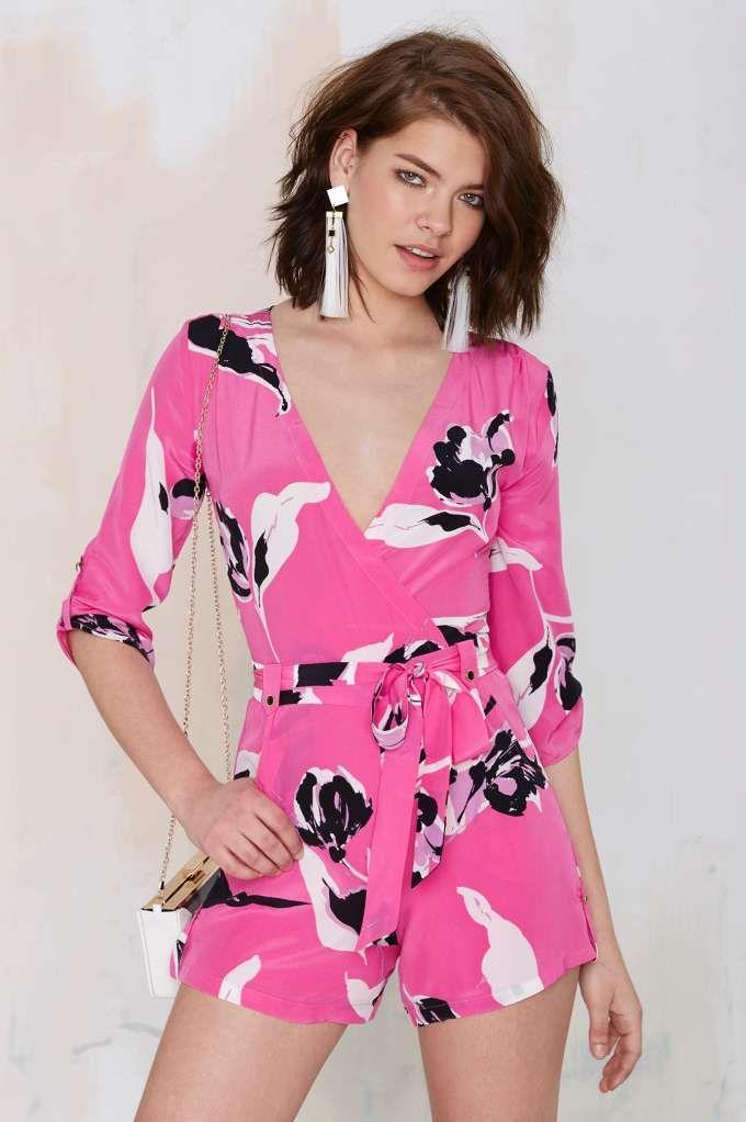 4f312e44795 Yumi Kim Chelsea Floral Romper - Nasty Gal