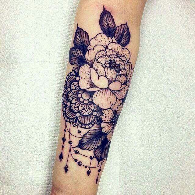Tatuaggio fiore e mandala – dechaudat – daily pin blog