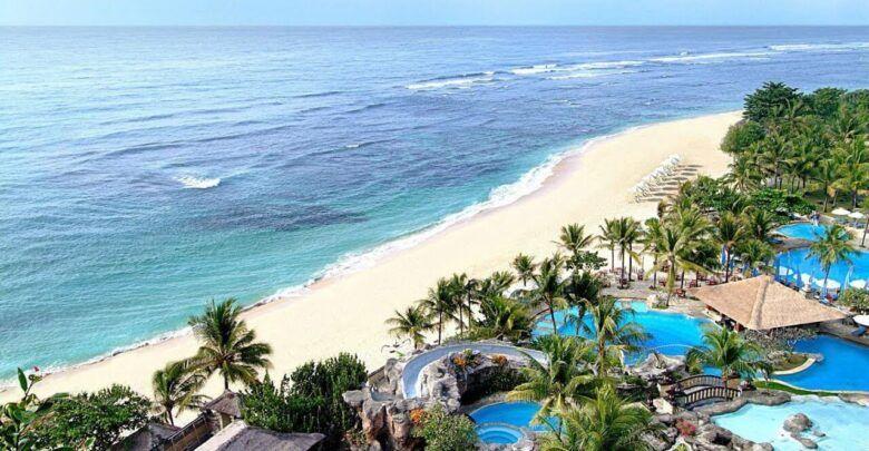 اين تقع مدينة بالي بالتحديد وما هي معالمها السياحية Outdoor Beach At The Hotel