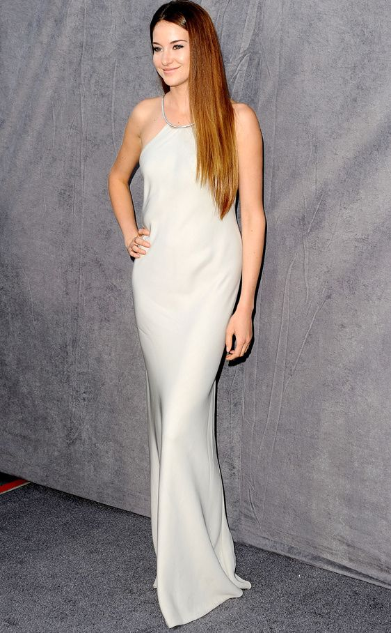 Shailene Woodley Design: Calvin Klein