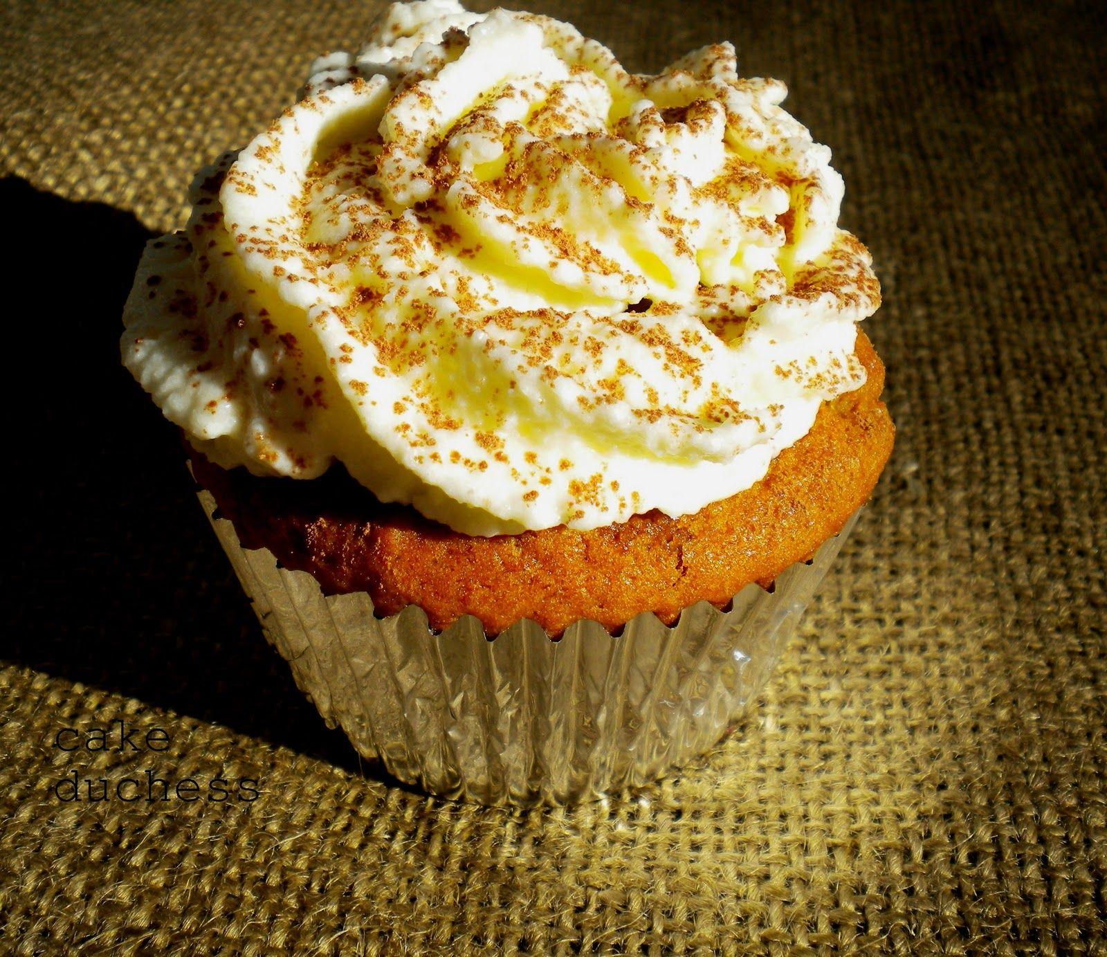 Pumpkin Tiramisu Cupcakes