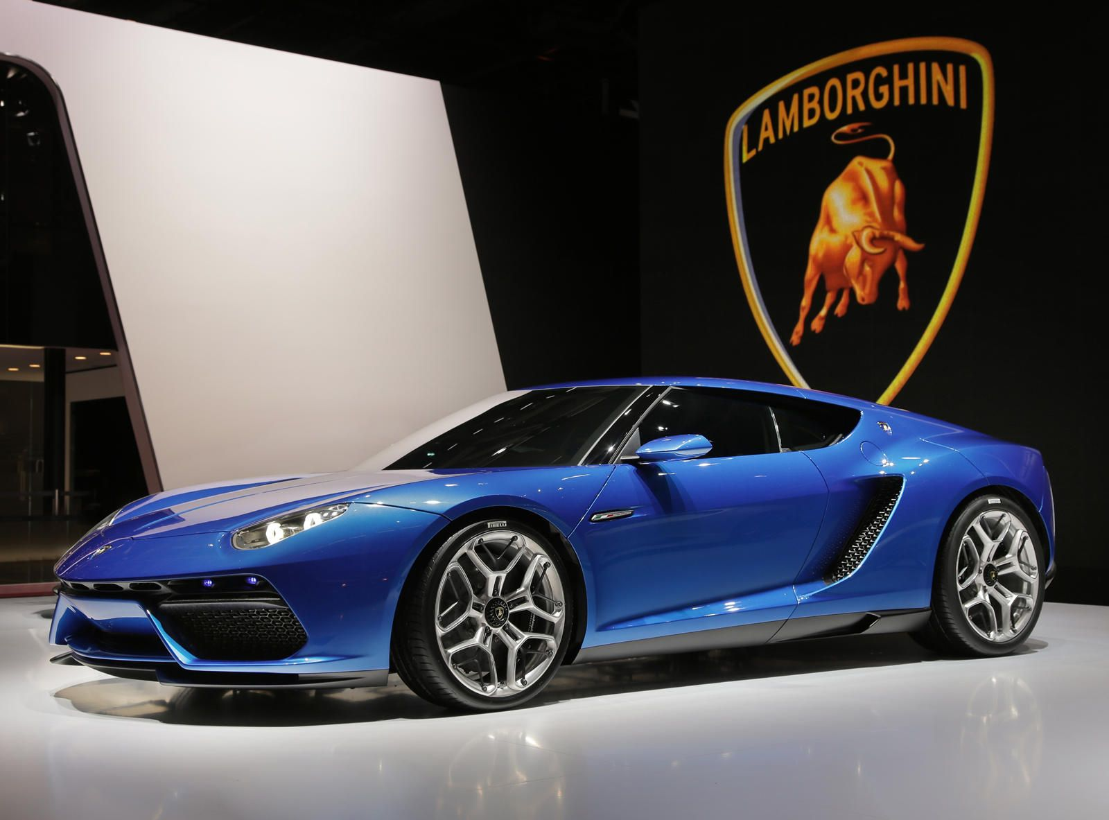 Lamborghini Plotting All Electric Grand Tourer With Images