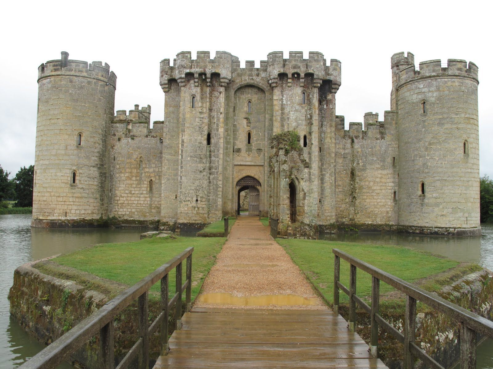 Bodiam Castle East Sus