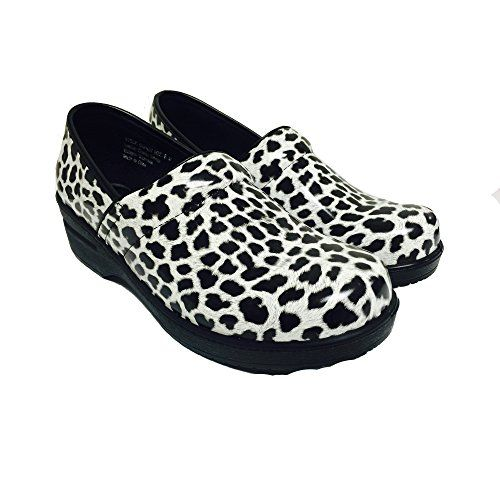 Savvy Nursing Shoes 75 Leopard -- To