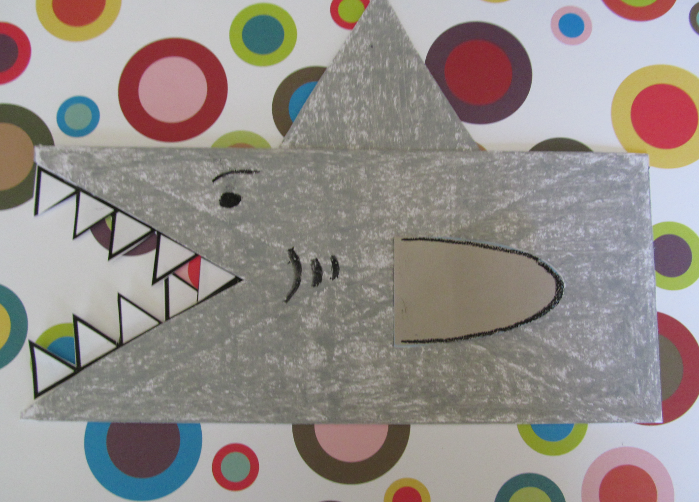 paper bag shark puppet see more unique handmake crafts at paper bag shark puppet see more unique handmake crafts at