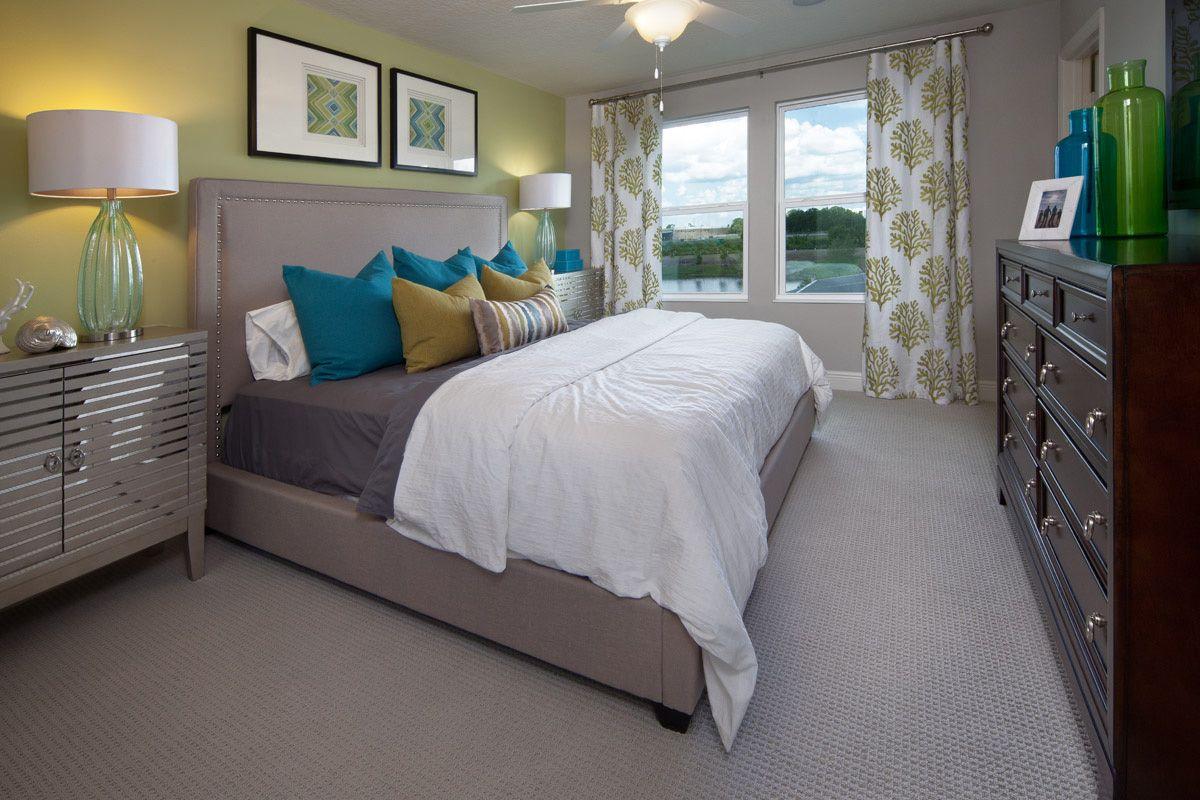 Dark Wood Bedroom Furniture Grey Walls Decorating Ideas