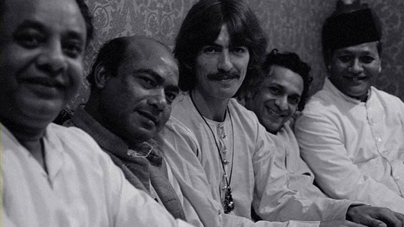 Ustad Alla Rakha Khan, Ustad Ali Akbar Khan, George Harrison, Pandit Ravi Shankar, Ustad Bismillah Khan. | Indian Legends #rarepic