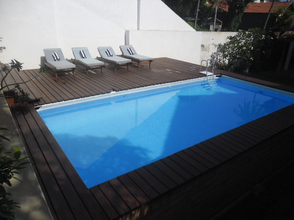 pooldeck on intex ultraframe swimming pool