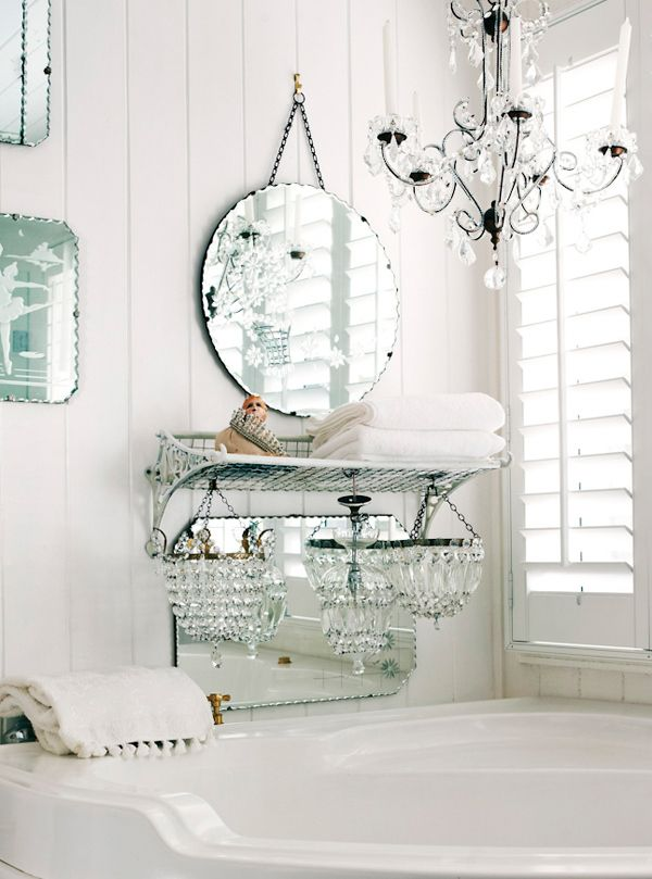 Using Crystal Mirrors in the Bathroom - Shabby Chic Interior Design