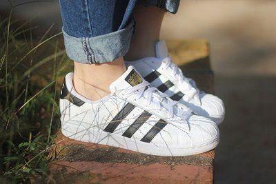 Tênis Adidas Listras Pretas Superstar Foundation - Inspired d944cd57cb4b6