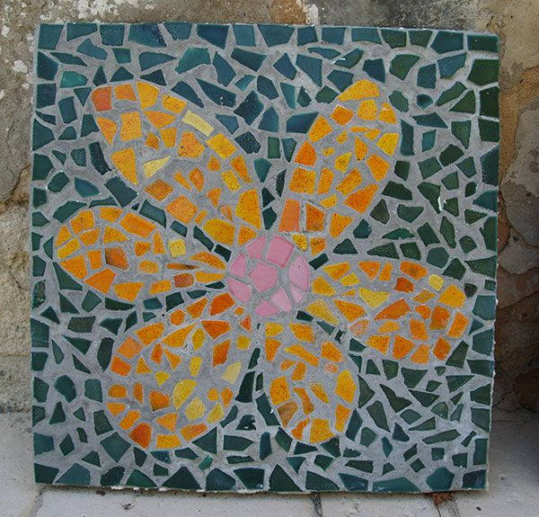 Diy mosaic stepping stone orange flower mosaik japanische diy mosaic stepping stone orange flower mosaik japanische trittsteine mosaique pas japonais broken pronofoot35fo Images