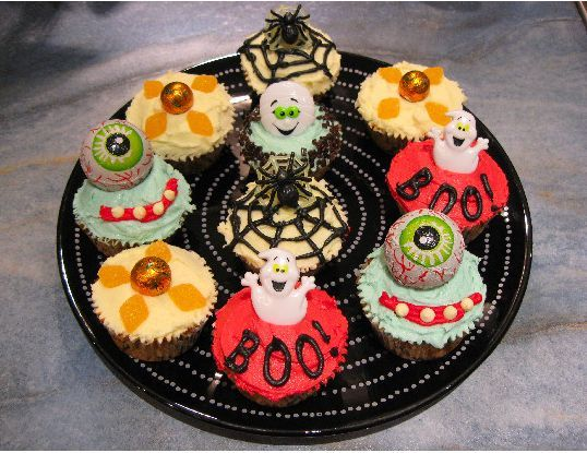 halloween cupcakes decorating ideasjpg - Cupcake Decorations For Halloween