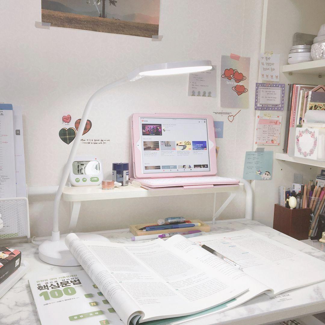 Small Bedroomdesk