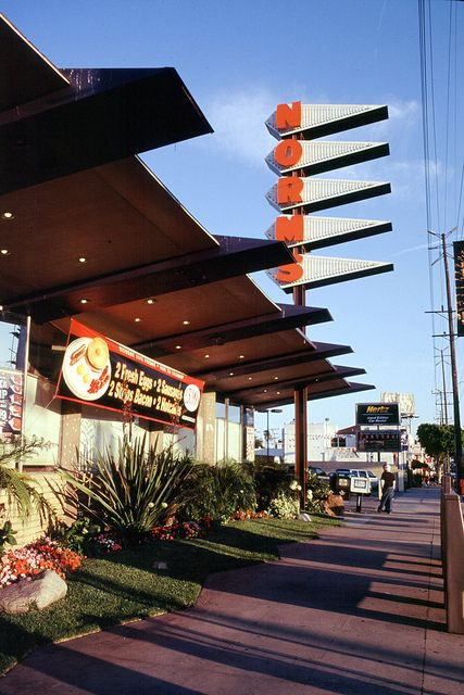 Norms Restaurant Googie Style Googie Architecture Googie Commercial Architecture