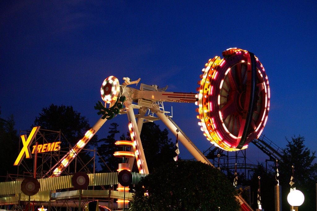 25 Best Things To Do In New Hampshire The Crazy Tourist Fun Places To Go New Hampshire Attractions Canobie Lake Park