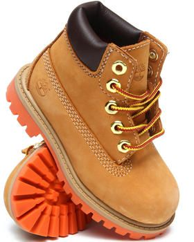 My cub is gonna have one such pair.. for matching his dadaa's woodlands