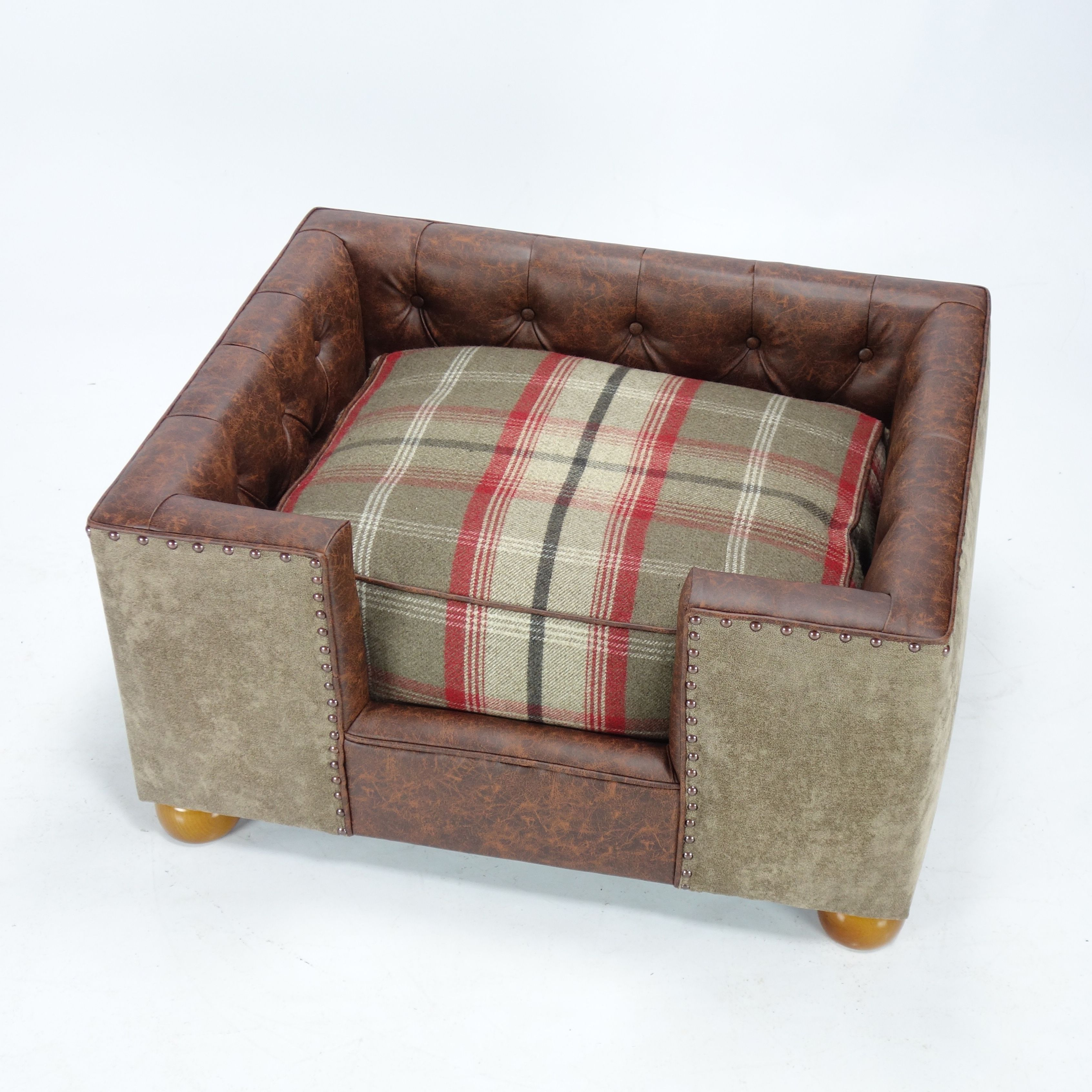 A Luxury Dog Bed Chesterfield With