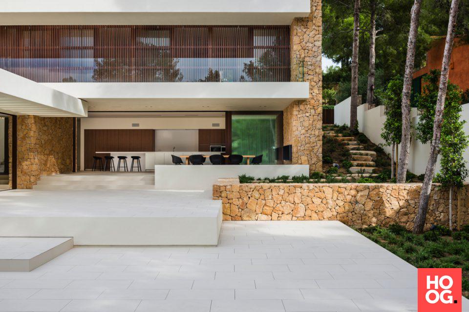 Luxe villabouw met zwembad телемак