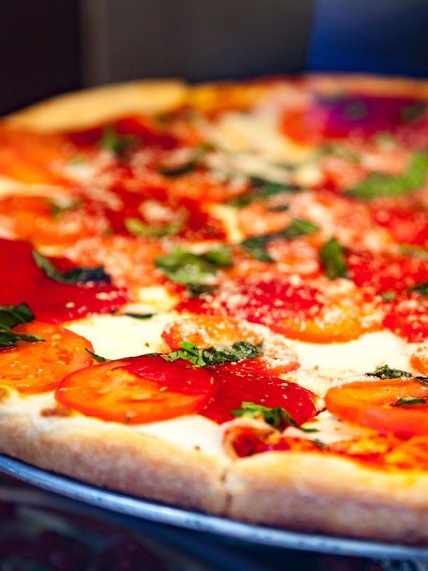 schnelles abendessen pizza in der tasse pizza flammkuchen u pinterest schnelles. Black Bedroom Furniture Sets. Home Design Ideas