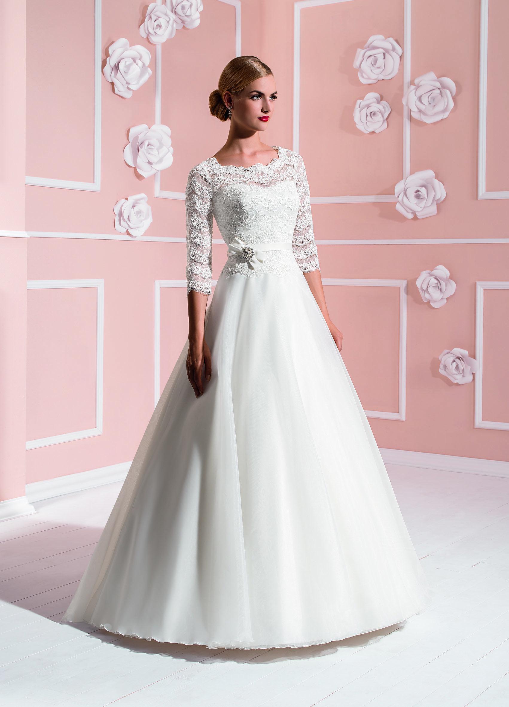 Perfecto Vestido De Novia Elizabeth Ideas Ornamento Elaboración ...