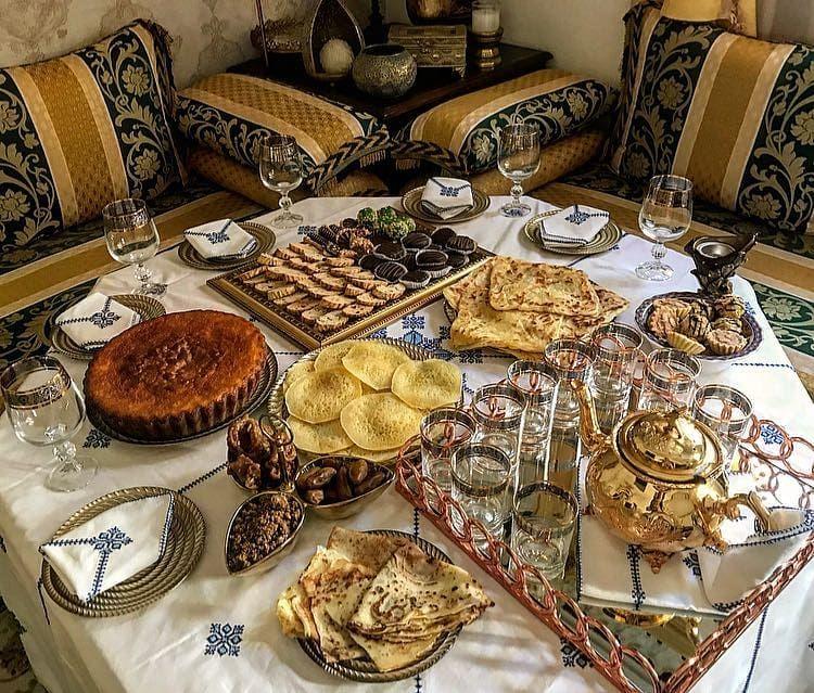 Pin By Nouna Di On Présentation Petit Déjeuner Marocain Table